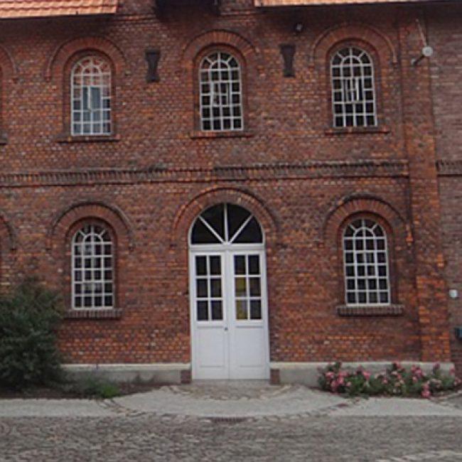 Turmalintheater – Die Marquise von O. – Kultur in der Alten Brennerei Schwake