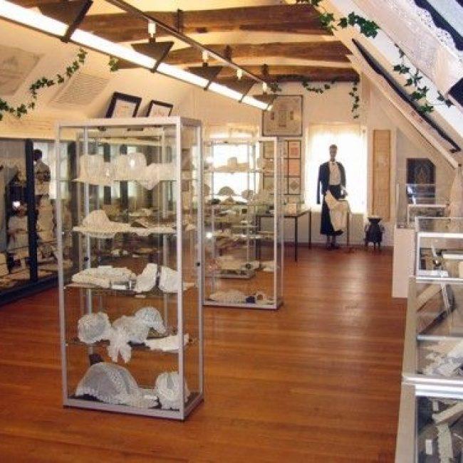 Ausstellungseröffnung: Engel – Geflügelte Boten